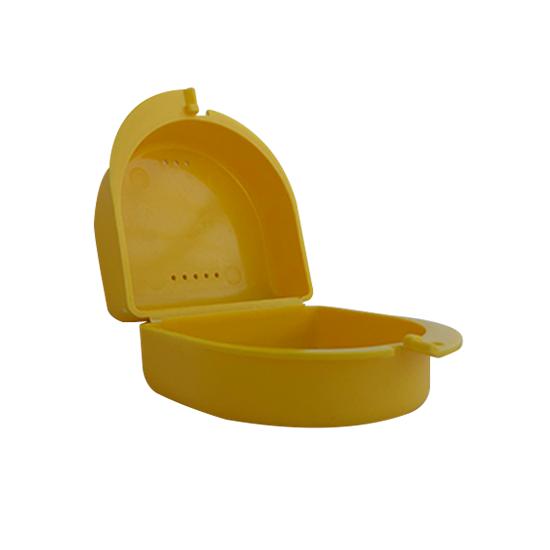 geel bakje, handig voor uw sportbitje of beugel